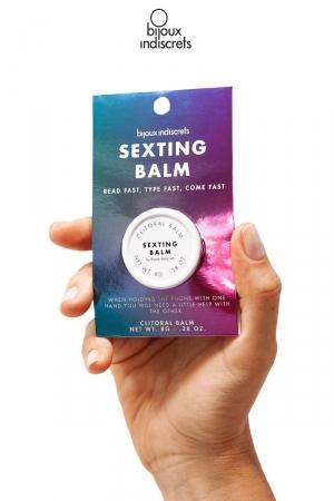 Baume clitoridien parfum Gingembre : Sexting Blam est un baume parfumé au Gingembre pour le clitoris imaginé par Bijoux Indiscrets.