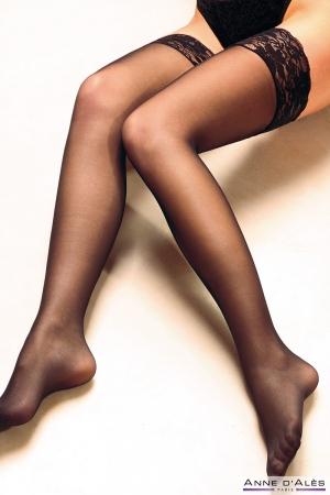 Bas autofixants Alexia Noir - Anne d'Alès : Paire de bas en nylon noir avec jarretière dentelle auto-fixante, simplement sexy.