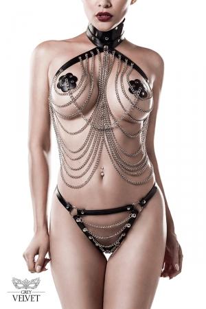 Lingerie SM cuir et chaînes 3 pièces - Grey Velvet : Ensemble lingerie faux cuir et chaînes avec : bustier drapé tour de cou, caches tétons, et string.