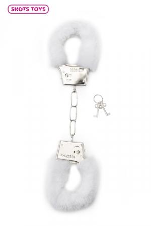 Menottes fourrure Shots - blanc : Paire de menottes fantaisie qui ferment comme des vraies pour jouer à s'attacher. En métal et fausse fourrure blanche.