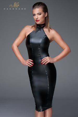 Robe moulante wet look F160 : Robe moulante en wet look au col collier choker provoquant pour des filles pas très sages. Un zip asymétrique sur la cuisse ajoute une touche d'originalité.