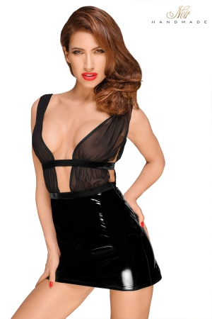 Mini robe vinyle F194 : Adorable mini robe en vinyle brillant et bustier de tulle transparent. Un must.